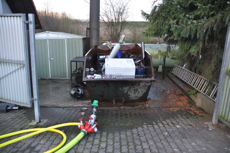 hoesbach bahnhof gasaustritt aus fluessiggastank