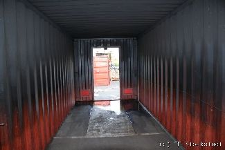 container04